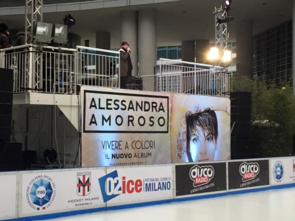 Alessandra Amoroso -Vivere a colori